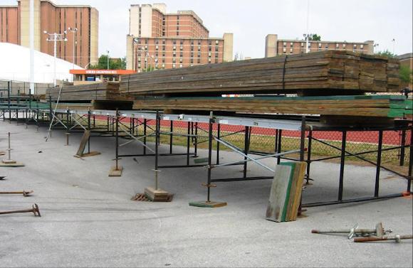 custom-leveling-for-grandstand