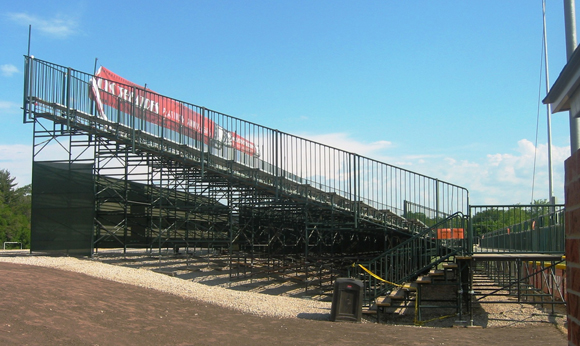 grandstand-bleacher-built-on-slope